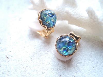Sea Opal ヴィンテージガラスのひと粒イヤリング ☆再販☆