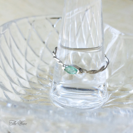 Emerald twisted Ring - ������ɤΥ�� -