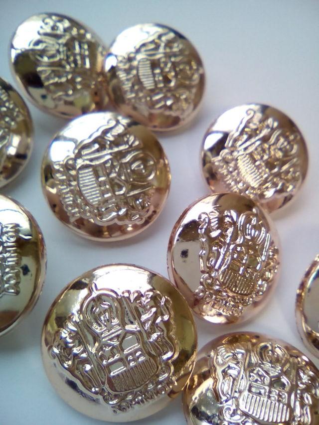 10個 シャンクボタン 足つきボタン ブレザーボタン 21mm D2