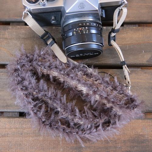 <季節限定>ニャンコみたいな麻紐ヘンプカメラストラップ<ロシアンブルー>