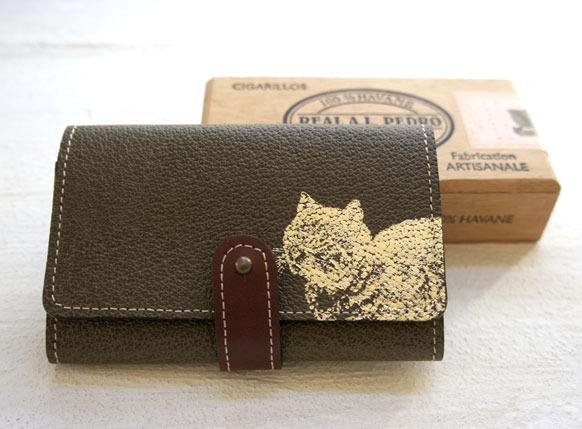 金の猫  革製カードケース(カーキ)