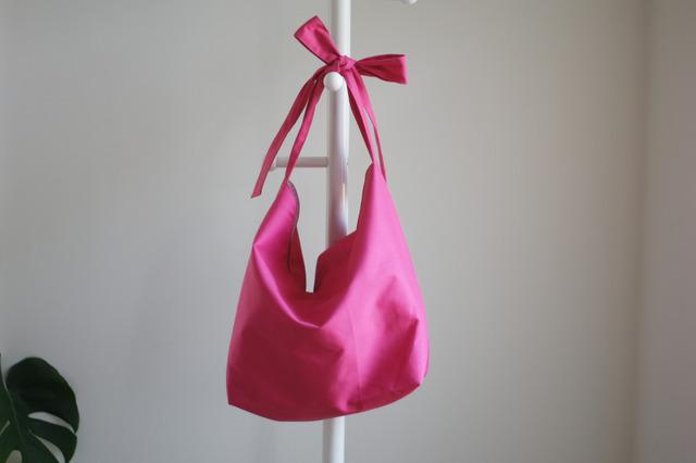 リボンのバッグ(ピンク)