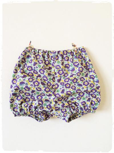 【再販です】ベビー用カバーパンツ・ブルマ *小花柄*  ブルー系