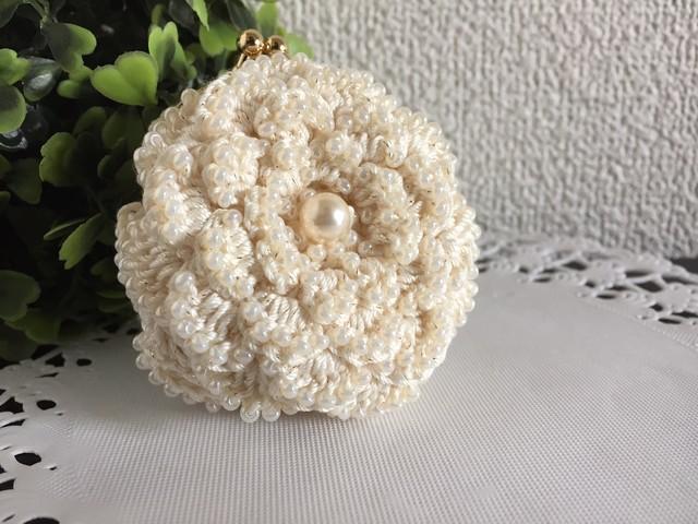 ♪お花のコインパース ビーズ編みで(オフホワイト)♪