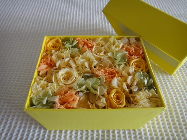 YELLOWフラワーBOX(黄×橙×プチ緑)