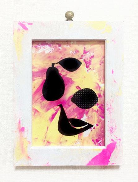 小鳥と果物 [ミニ額装イラスト:pink×yellow]