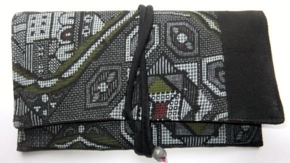 着物リメイク 正絹の着物で作った和風財布 1110