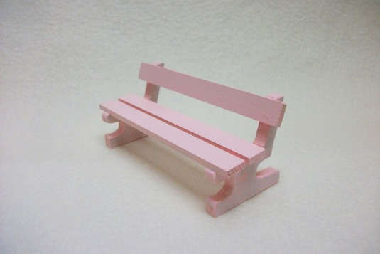 ミニチュアサイズ!木製のイス−ベンチMピンク−