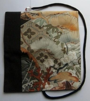 着物リメイク 泥染の色留袖で作った和風財布 1120