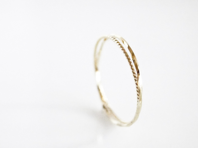 K10 Double Twist Ring