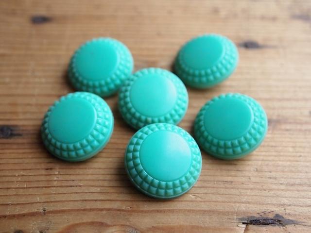 イギリス プラスチックボタン 緑