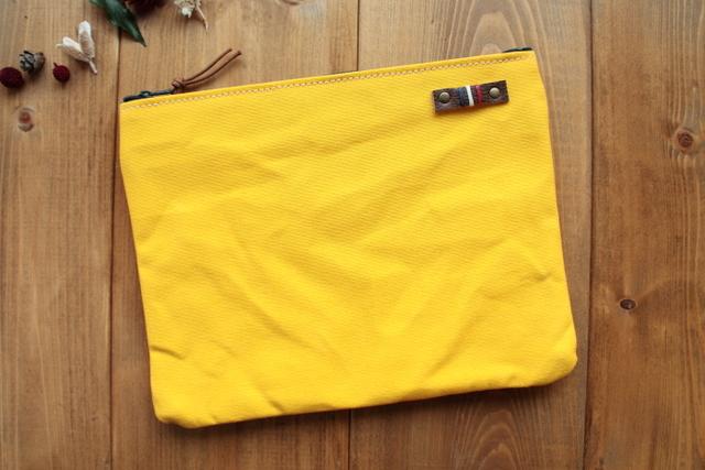H793 帆布の中ポケット付きポーチ Lサイズ -ひまわりイエロー-
