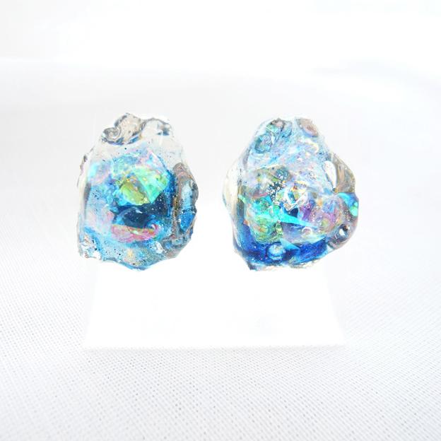 【SALE】鉱石ピアス02/深海ブルー¥850→¥700