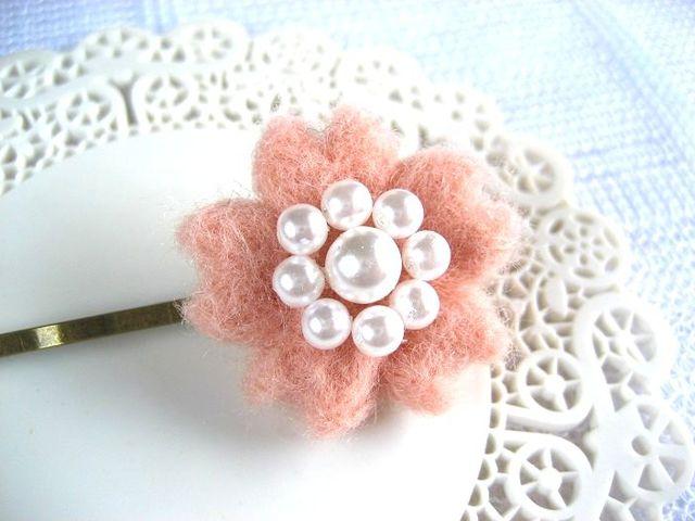 ふんわり桜の羊毛ヘアピン_468