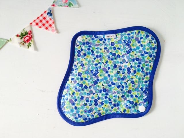 可愛い布ナプキン『bluegarden』?昼用Mサイズ
