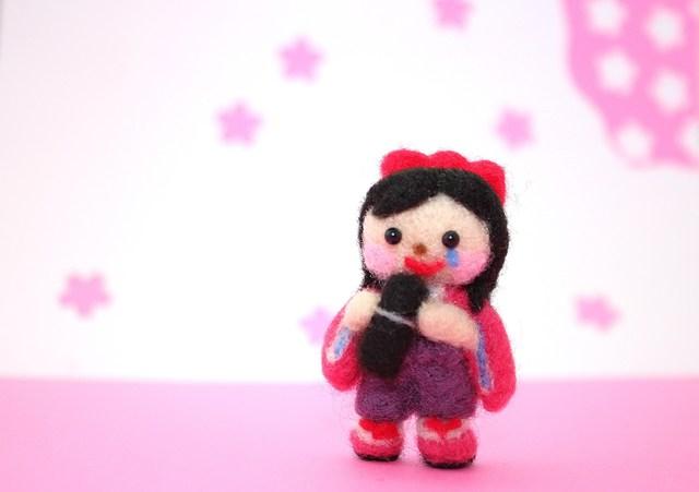 卒業式 袴の女の子 羊毛フェルト 春の飾り物 3月