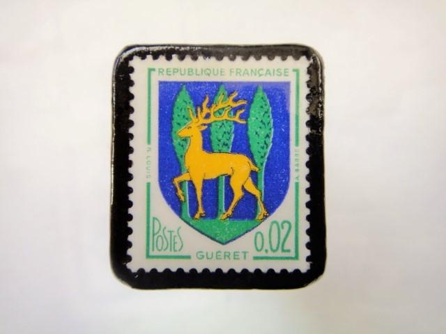 フランス1964年「紋章」切手ブローチ894