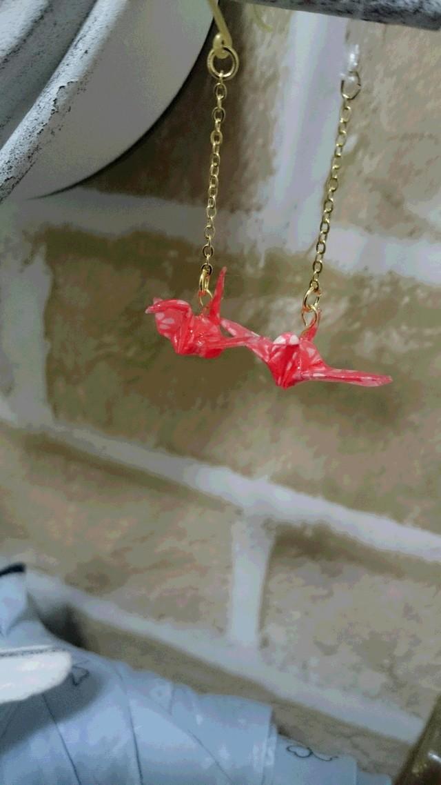 ゆらゆら折り鶴のピアス