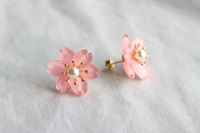 桜のスタッドピアス(イヤリング)