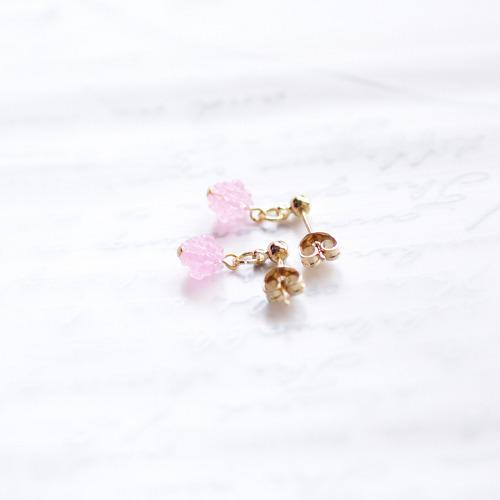 小粒な金平糖ピアス-pink-