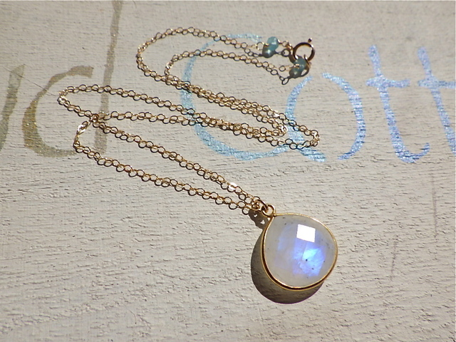 ☆再販☆b Flamed Moon Stone Necklace *14kgf*