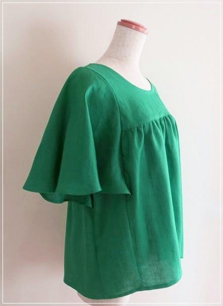 green* リネン バタフライスリーブ ブラウス