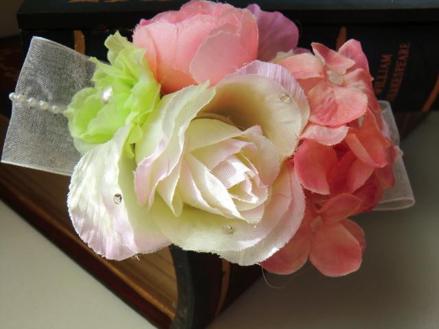 ローズと桜のコサージュ