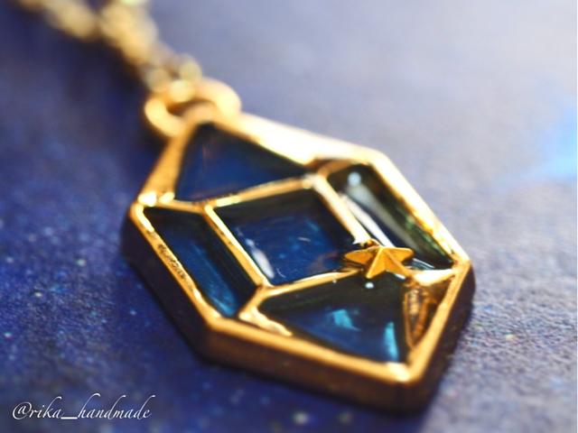 星鉱石のネックレス