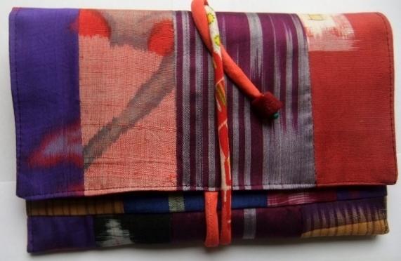着物リメイク 銘仙の着物で作った和風財布 1160