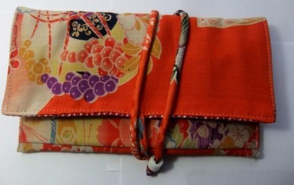 着物リメイク 花柄の着物で作った和風財布 1164