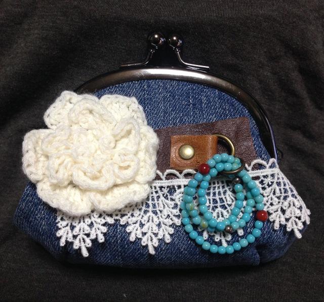 デニム生地のがま口財布☆お花のモチーフd