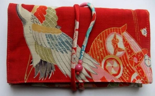 着物リメイク 女の子の着物で作った和風財布 1174