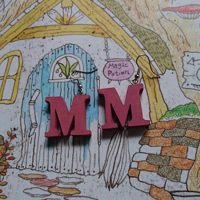 wood 『M』 ピンク  ピアス