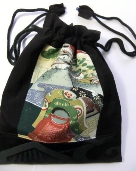 着物リメイク 地模様入りの羽織と帯で作った巾着袋 1176