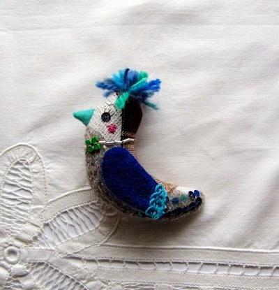 ウールの小鳥のブローチ BWNT-04 アイボリー