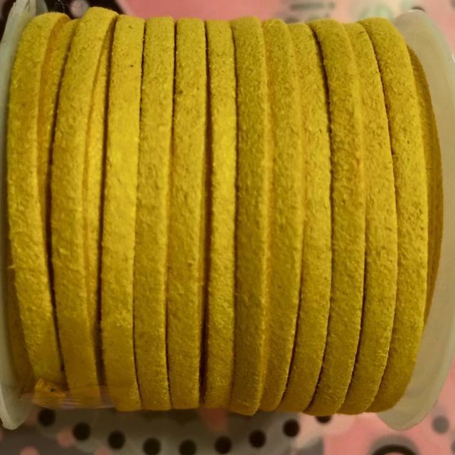 fc-005\tフェイクスエードコード\t3x1.5mm\t黄色\t1ロール(5M) 値下げセール...500円→300円