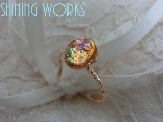 再販:ガラスオパールの一粒リング 春色モネ風