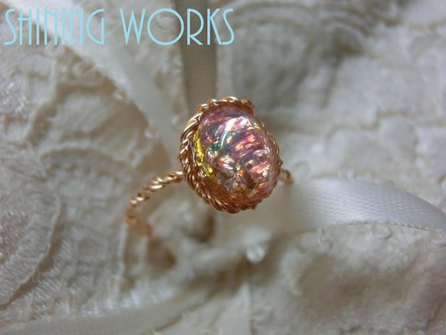 再販:ガラスオパールの一粒リング 春色桜カラー