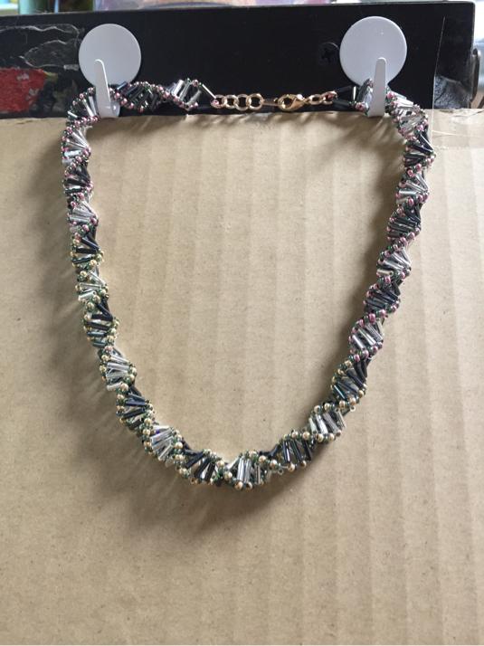 竹ビーズのネックレス