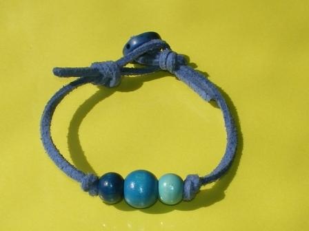 カラフルウッドブレスレット(青)