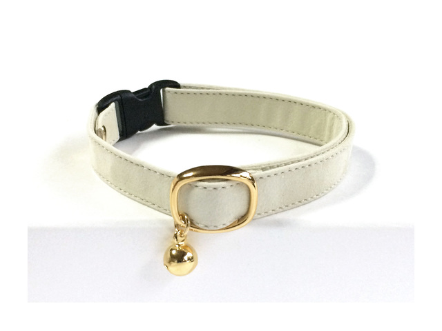 cat collar �� ecru