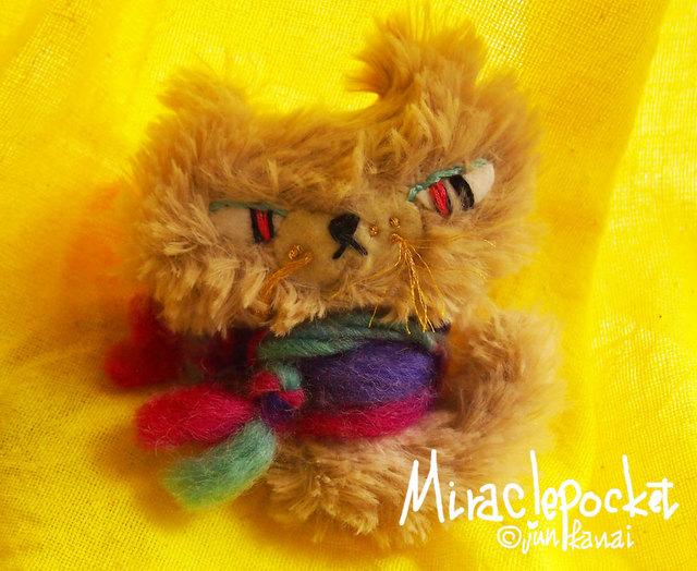 ★猫の「ぼくはクロ」ぬいぐるみブローチ