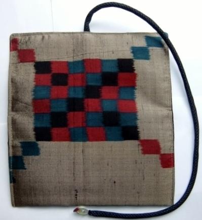 着物リメイク 銘仙の着物で作った和風財布 1193