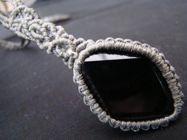 オニキスのマクラメ編みネックレス