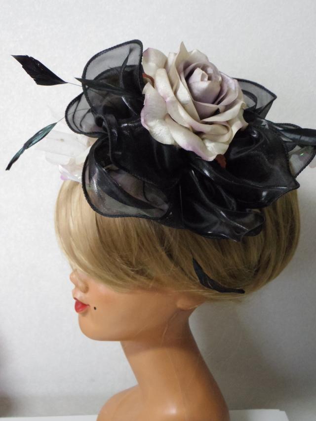 オリジナル ブラックカラーベースの大きなバラのヘッドドレス