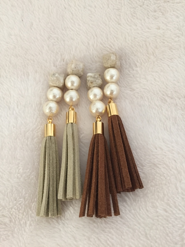 再販?天然石??2CP??tassel pierce earring