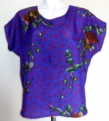 着物リメイク 梅の花柄の着物で作ったTシャツ 1201