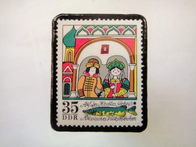ドイツ 童話切手ブローチ984