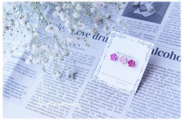 ぷち小花の桜色 レザー ピアス
