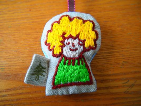 刺繍 とっくりセーター
